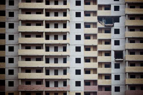 サラリーマンがマンション投資をする理由と3つのリスク