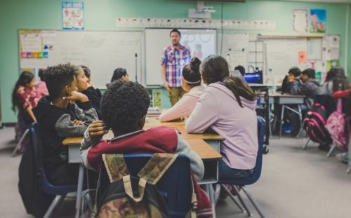 教育費は公立と私立でどれくらい変わるのか?