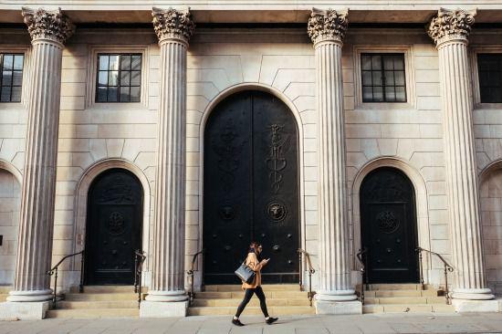 【静岡銀行】アパートローンは年収700万以上のサラリーマンが対象